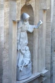Vatican Museum Statue Teacher & Child?