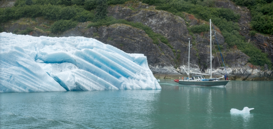 Sailboat Tracy Arm Glacier 2015-10