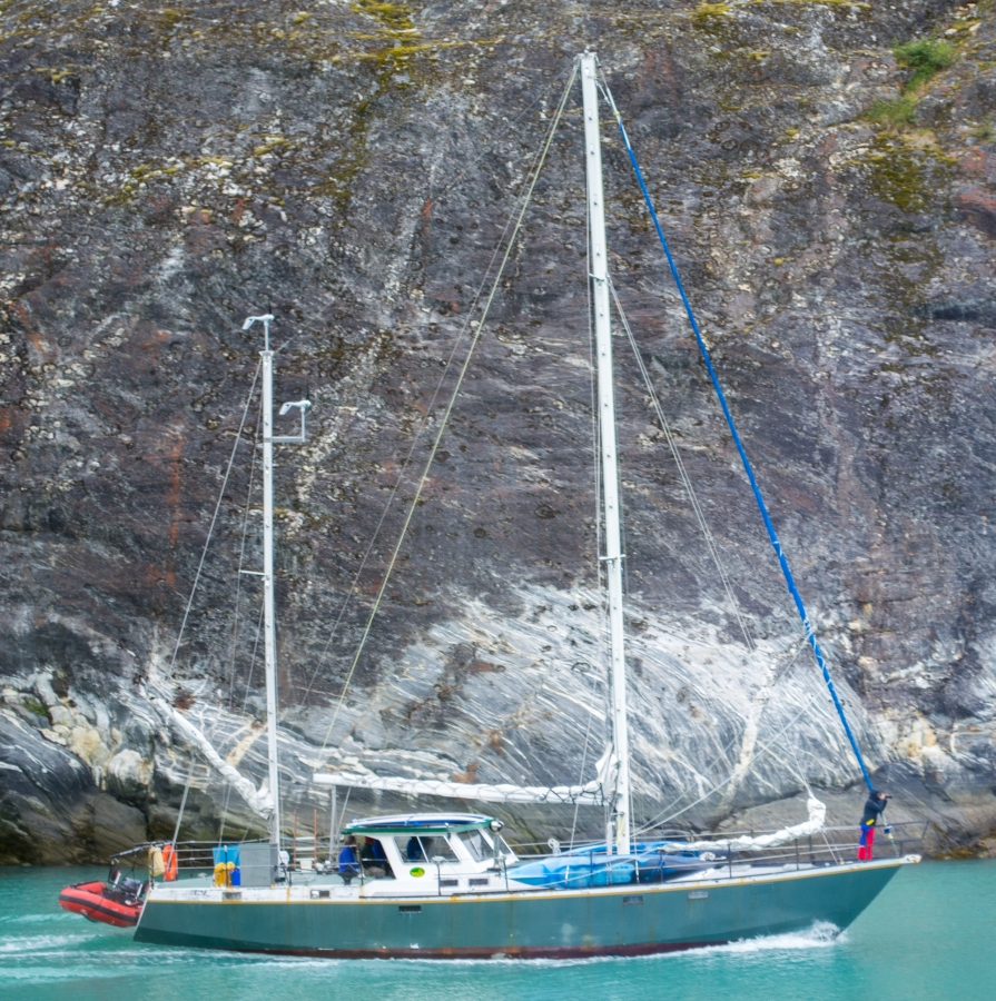Sailboat Tracy Arm Glacier 2015-13