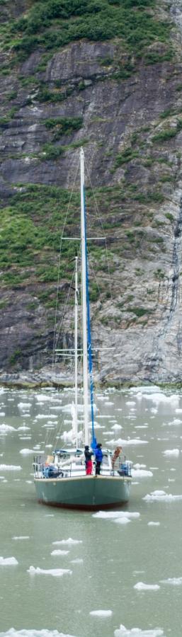 Sailboat Tracy Arm Glacier 2015-18