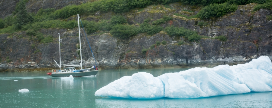 Sailboat Tracy Arm Glacier 2015-8