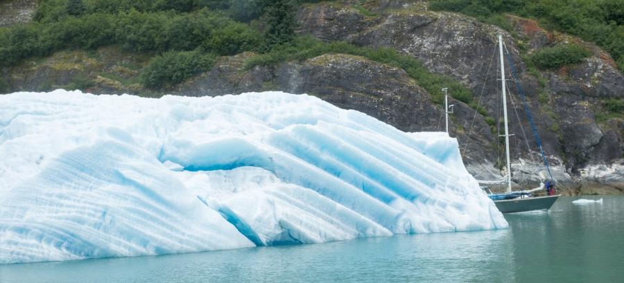 Sailboat Tracy Arm Glacier 2015-9